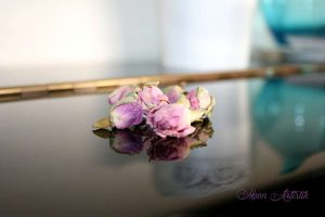 Roses de Damas, soin visage, antioxydant, anti-âge, anti-rides, cicatrisant, soigne l'acné DIY home made, green Copyright Moon_Artistik