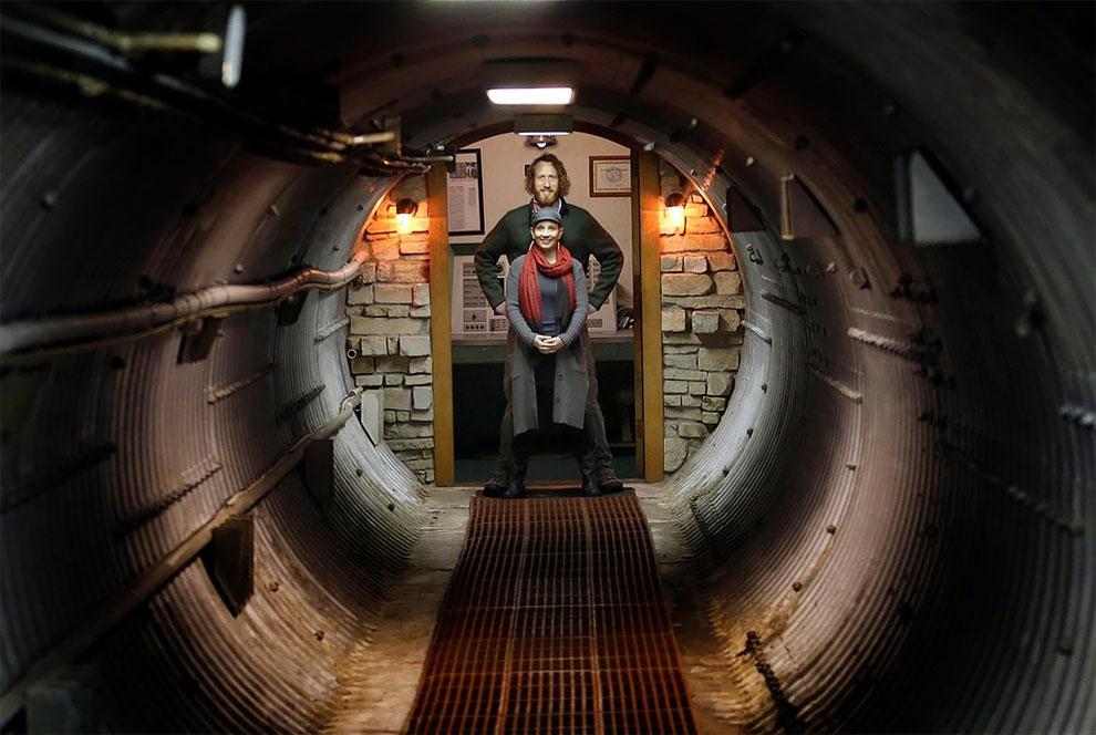 Hébergement insolite dans un silo à missiles - AirBnB