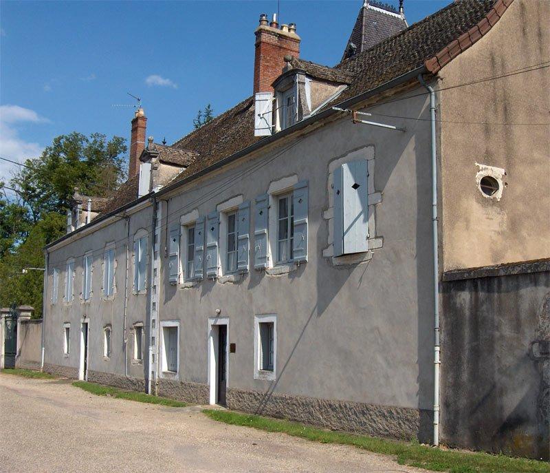 La façade de la maison Le Gras de Niépce telle qu'elle se présente aujourd'hui. Photo de l'auteur.