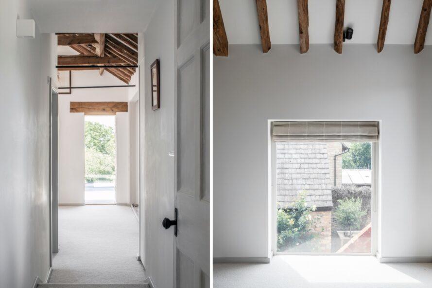 salle blanche avec passerelles menant à l'extérieur