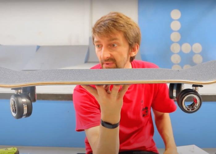 Skateboard construit avec des roues Apple Mac Pro de 700 $