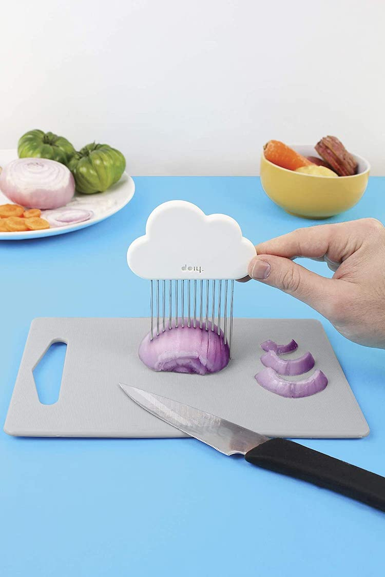 Doit avoir des outils de cuisine