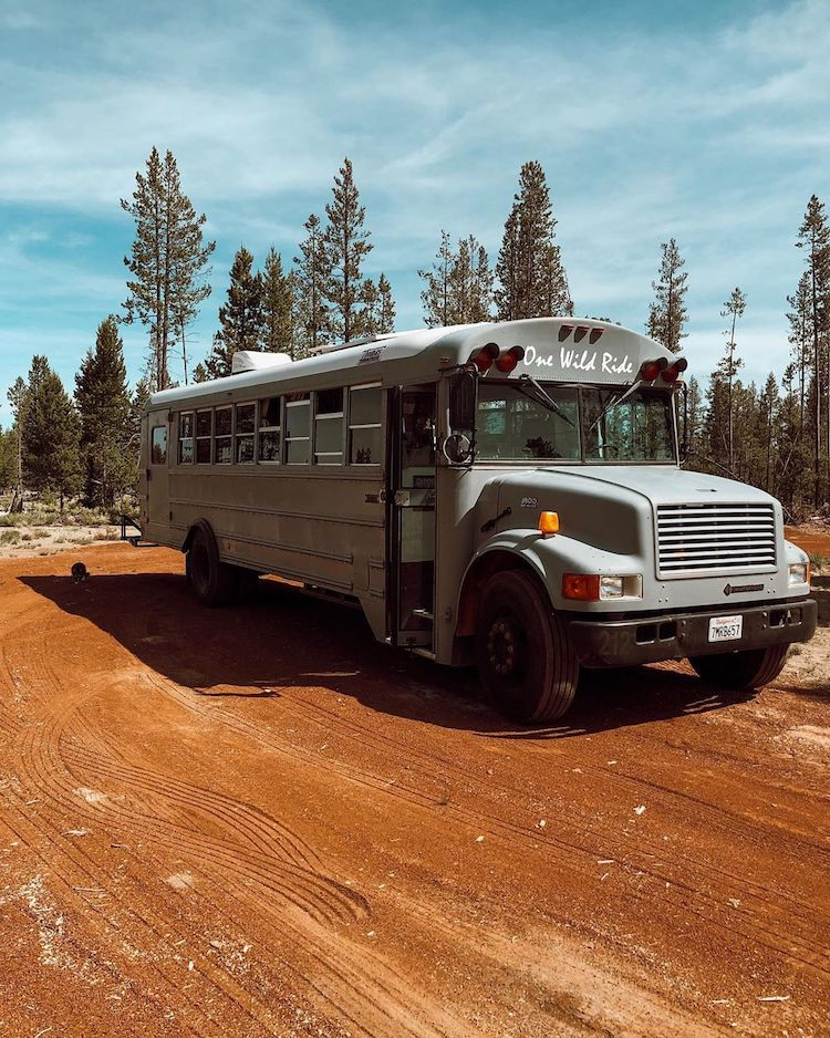 Conversion d'autobus scolaire