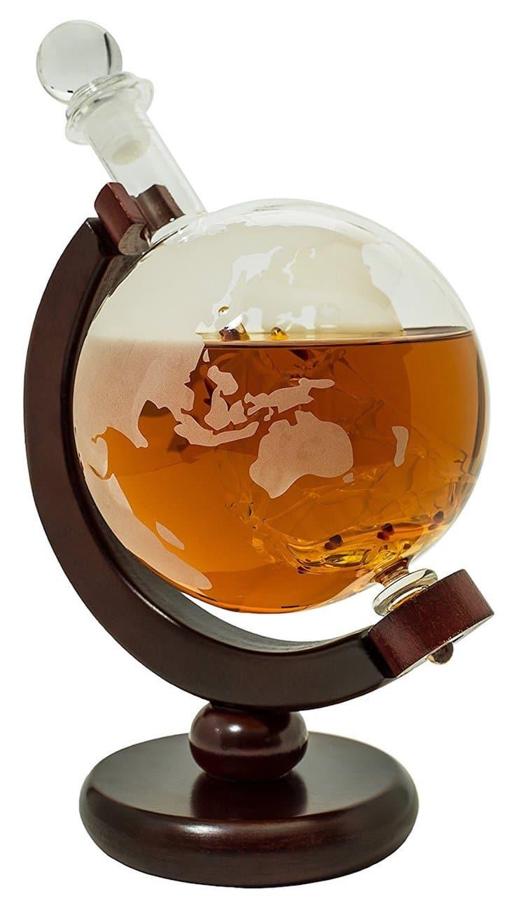 Guide des cadeaux de vacances 2019 BarMe Globe Liquor Decanter Amazon Best Seller