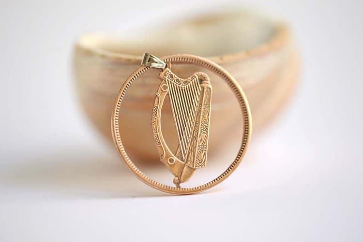 Collier de pièces de cadeaux de la Saint-Patrick