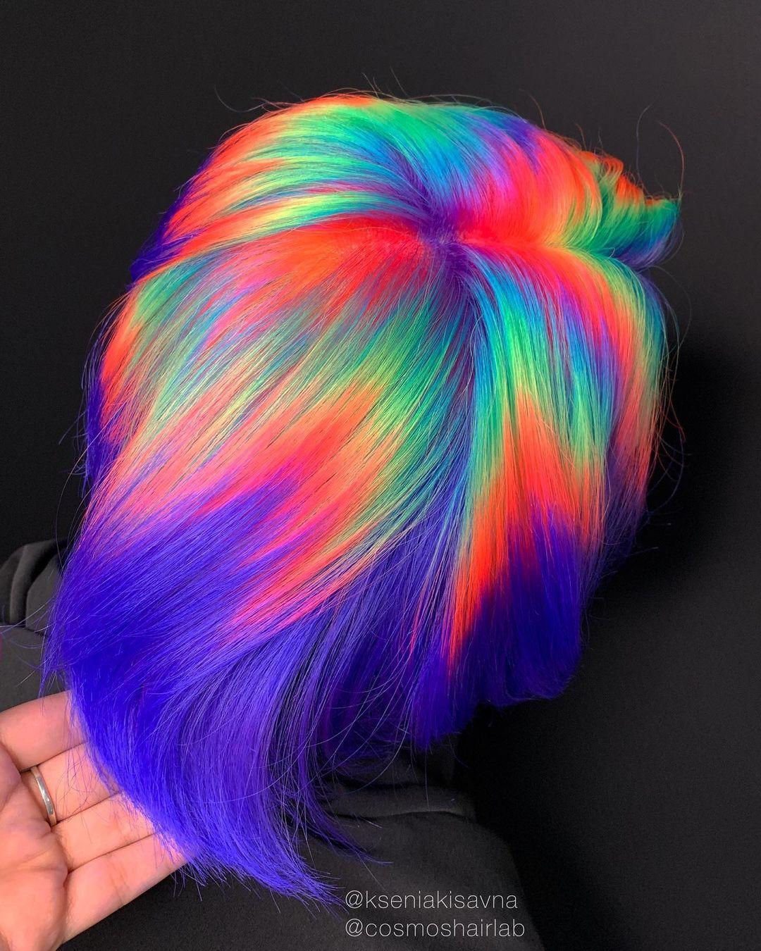 Style de cheveux multicolores