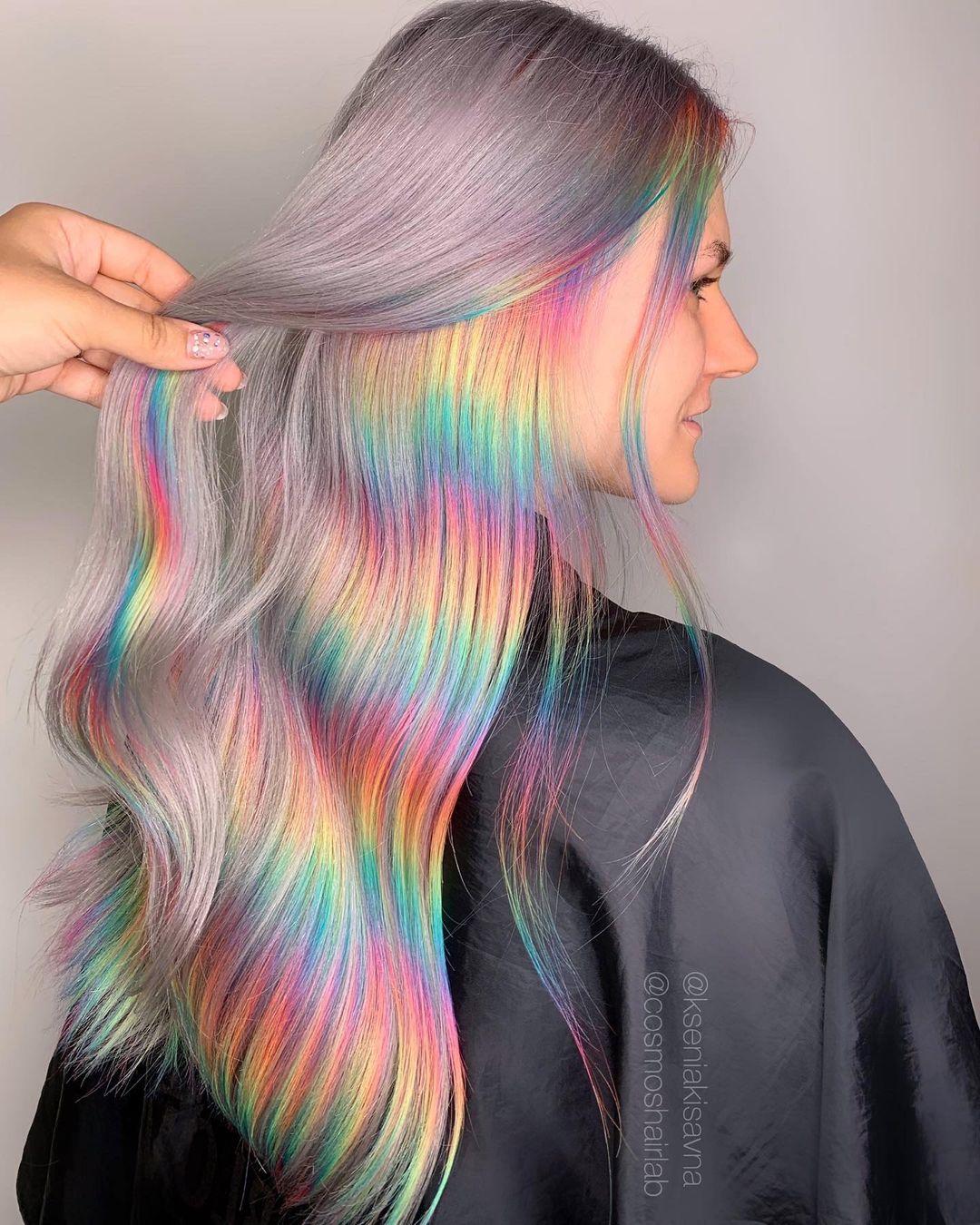 Cheveux arc-en-ciel