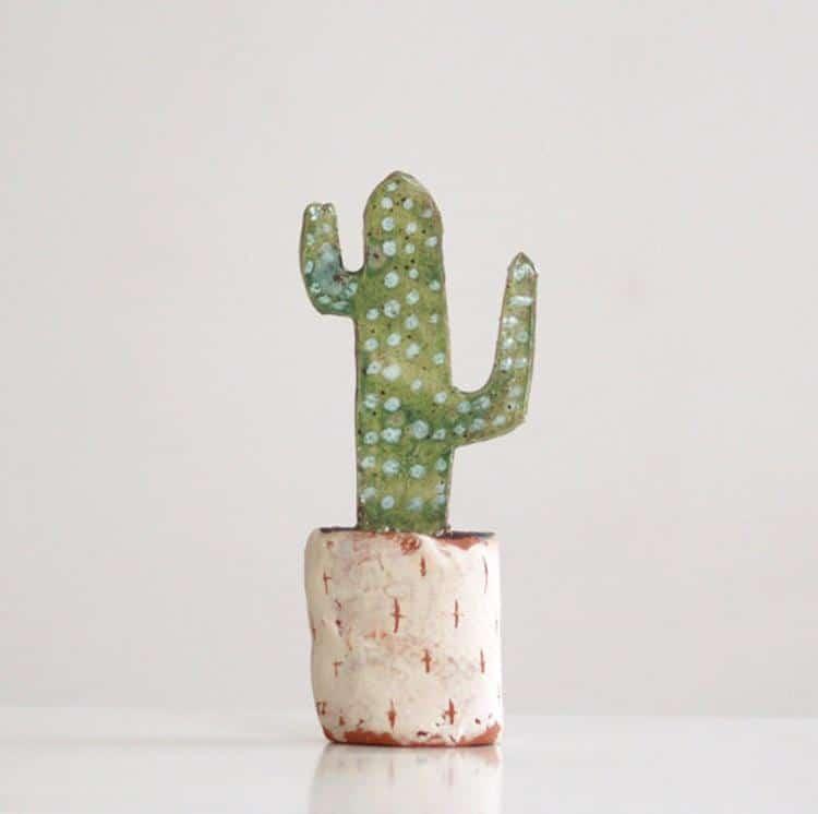 Sculpture en céramique de cactus