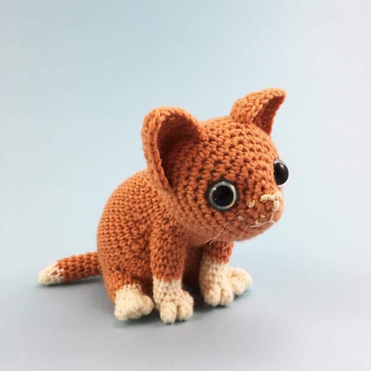 Patron de crochet amigurumi chat