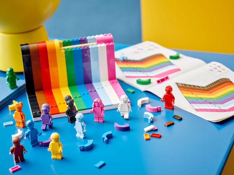 Tout le monde est génial Ensemble LEGO du mois de la fierté