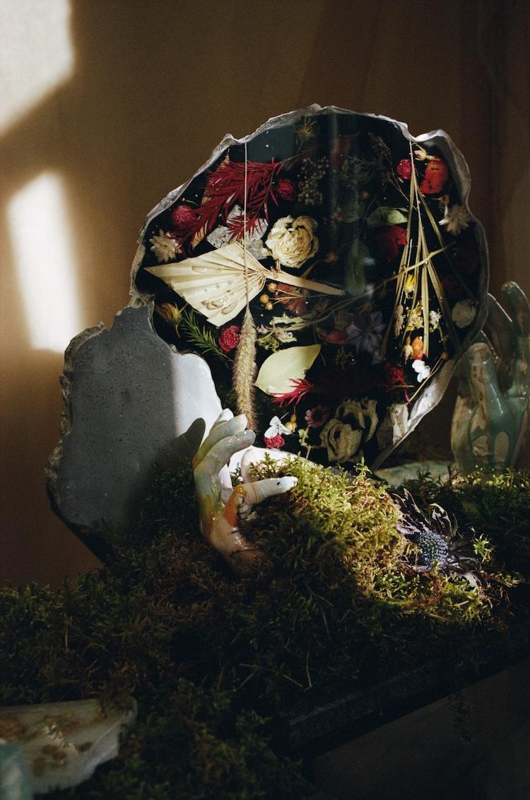 Cristaux de fleurs par SARDART et Katerina Marchenko