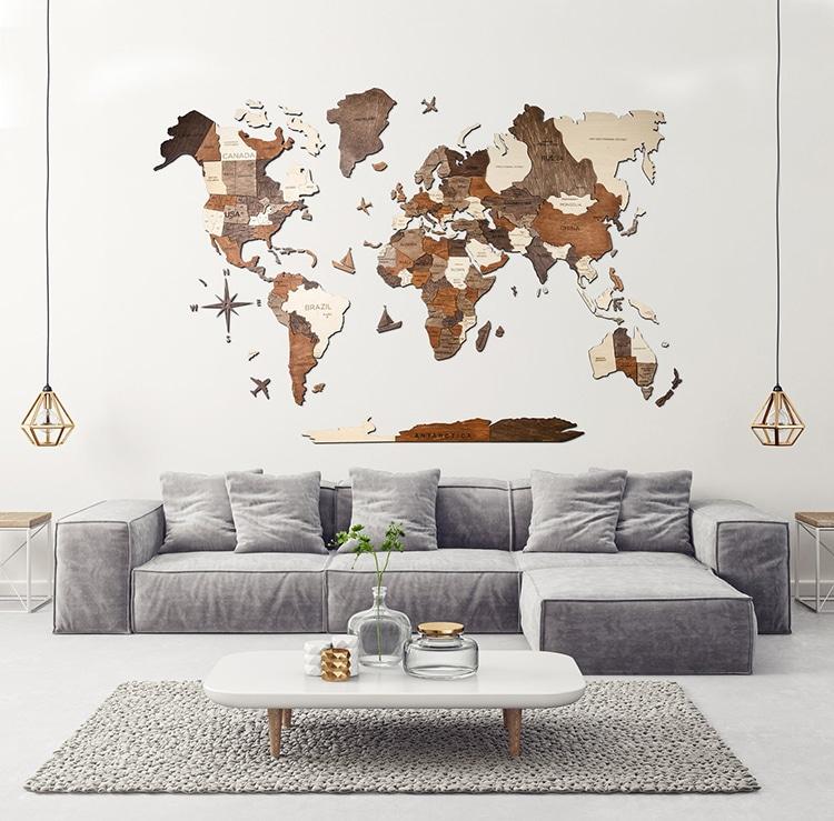Carte du monde géante en bois