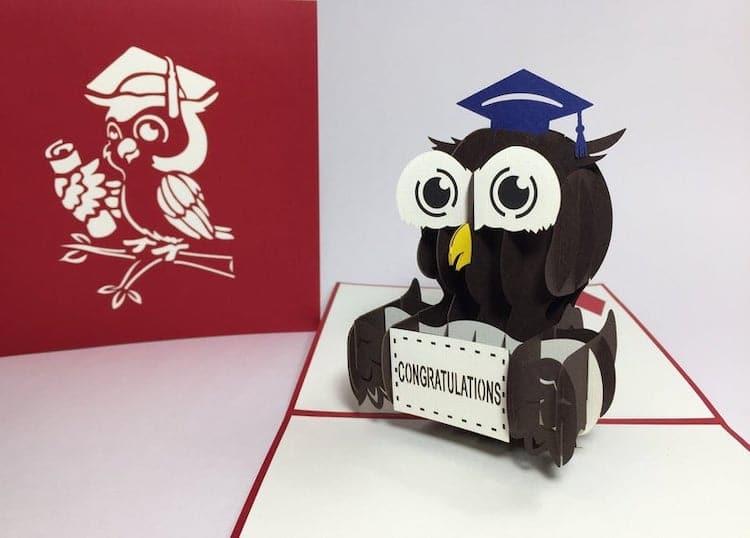 Carte de graduation de hibou 3D