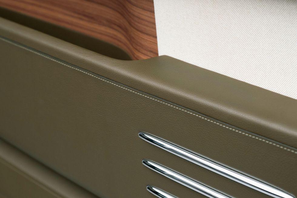 Intérieur Rolls Royce personnalisé avec cuir Hermes