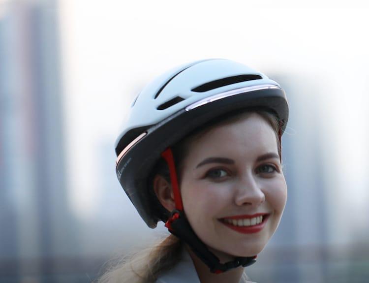 Vue de face du casque de vélo EVO21