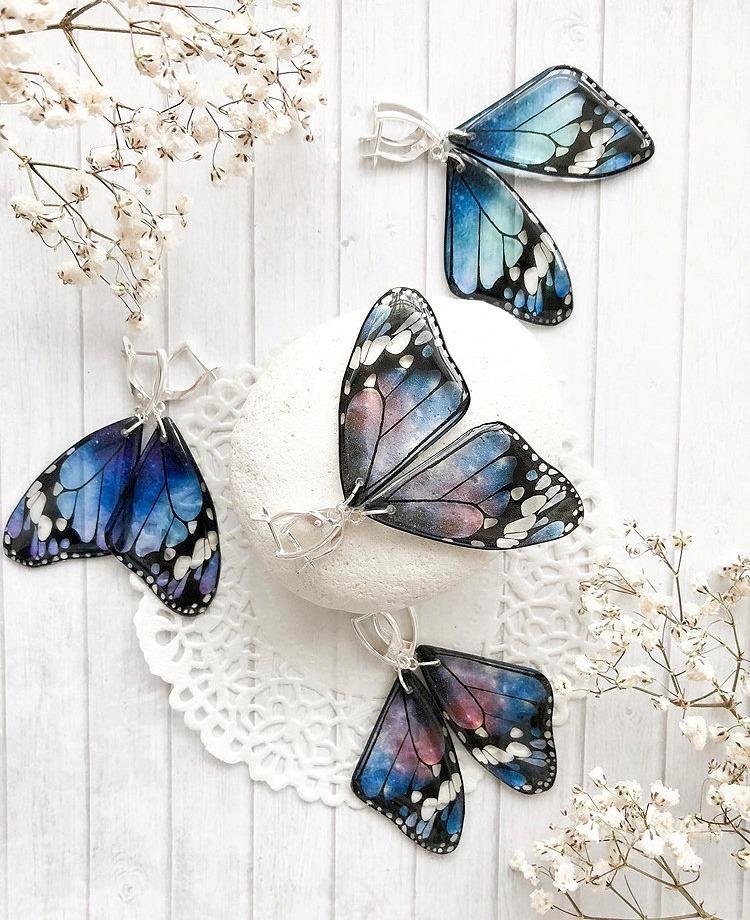 Boucles d'oreilles en résine aile de papillon de Tomka Store