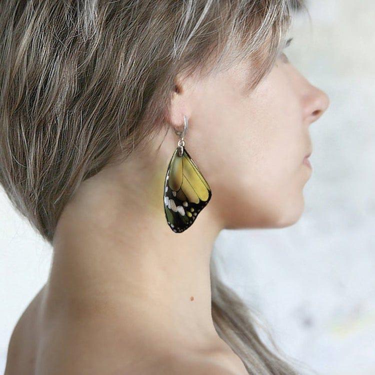 Boucles d'oreilles en résine d'oiseau par Tomka Store