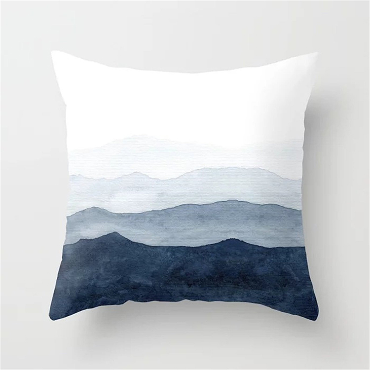 Housse de coussin montagnes aquarelle