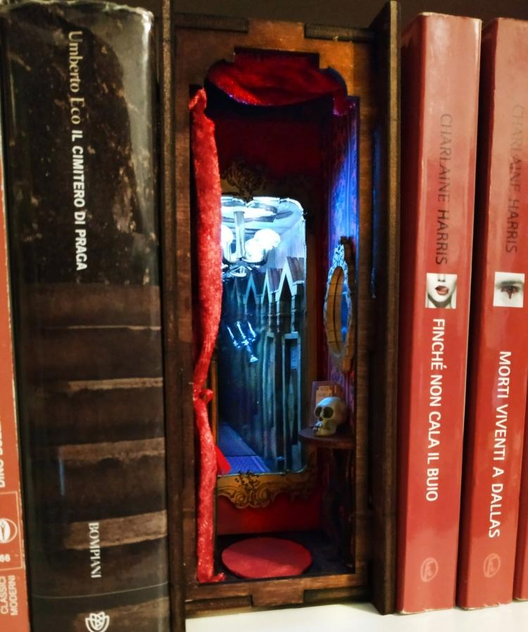 Bibliothèque Diorama par Befana Anziana