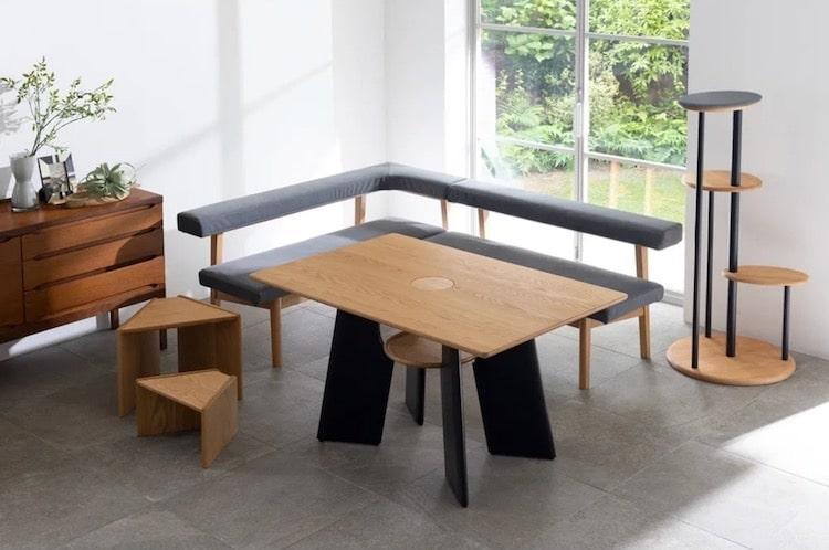 Table Chat par Dinos