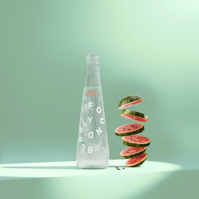 L'eau pétillante est maintenant sexy, durable et livrée à votre porte!