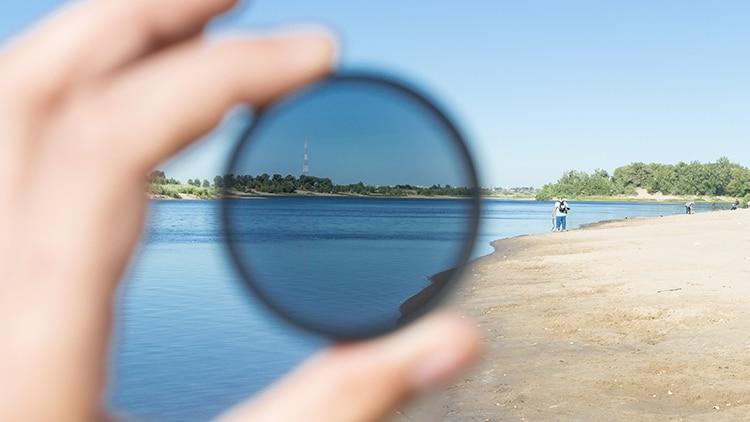 Filtre polarisant pour reflex numérique