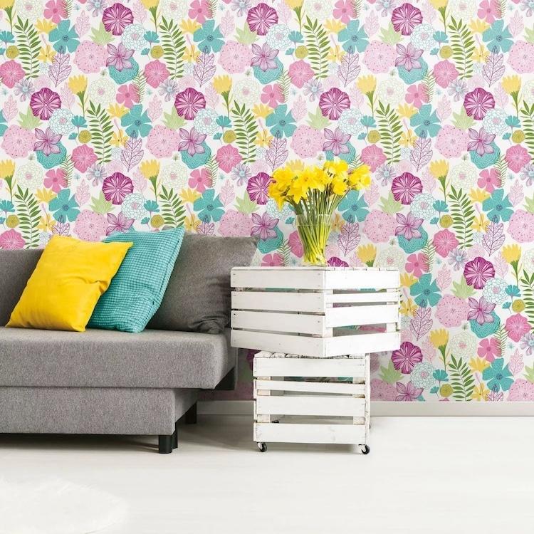 Papier peint floral brillant à peler et coller de Target